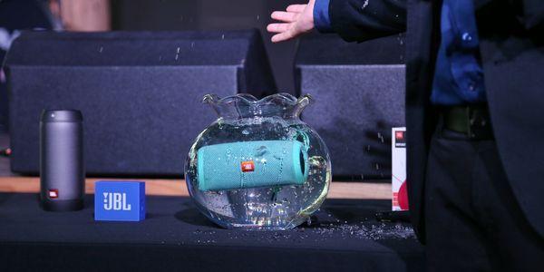 JBL Speaker Splashproof