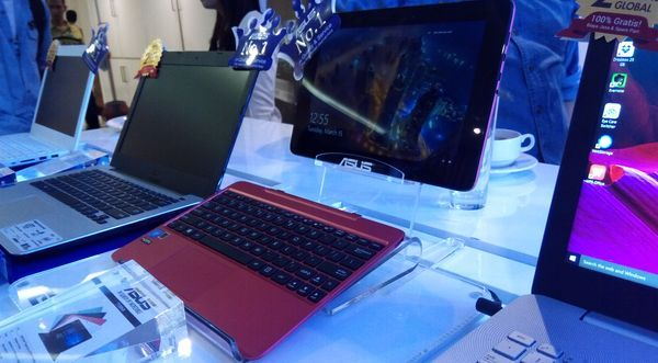 Gambar ASUS Transformer T100HA Unveil 2016