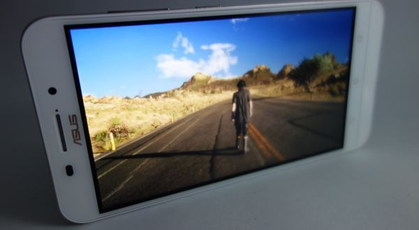 Gambar ASUS Zenfone Max Video Test