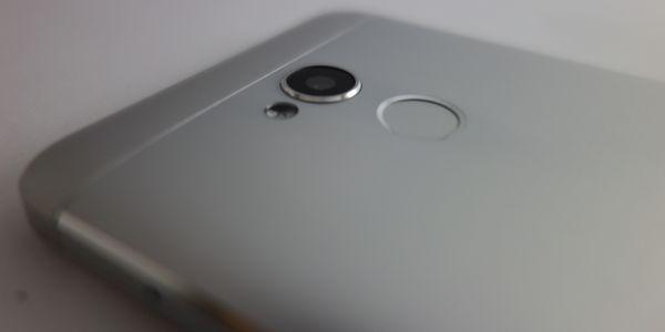 Gambar Review ZTE Blade V7 Lite Finger Sensor