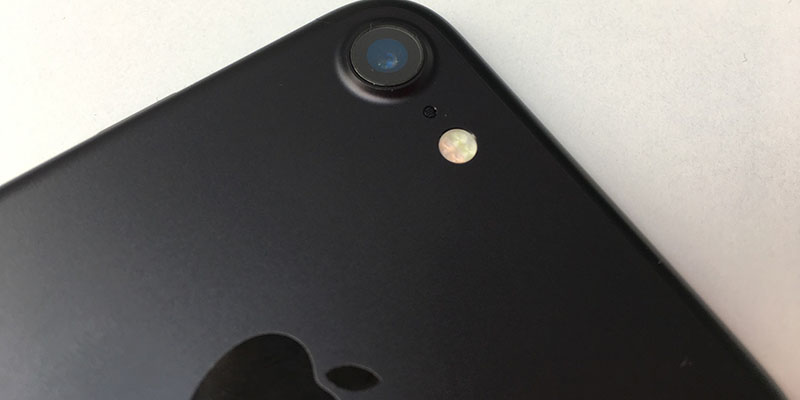 HP Dengan Radiasi Tertinggi - Iphone 7