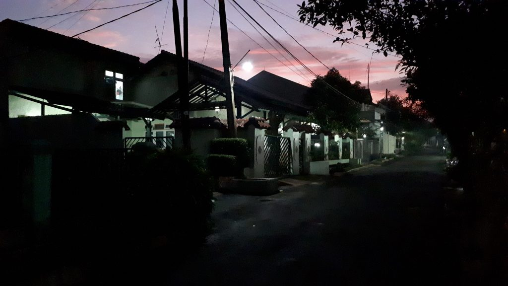Kamera Galaxy A5 - Outdoor Malam - Auto