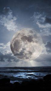 iOS iPhone Wallpaper Super Moon
