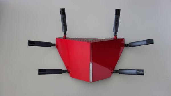 D-Link DIR-890L Desain Depan