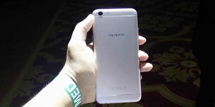 Oppo F3 Resmi Hadir Dengan Ram 4 Gb Dan Dual Camera Selfie Wide
