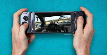 Moto Mods Gamepad Feature