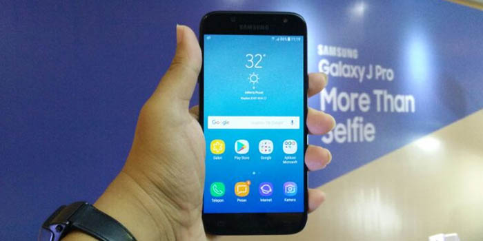 Samsung Galaxy J3 Pro vs OPPO A37 Header