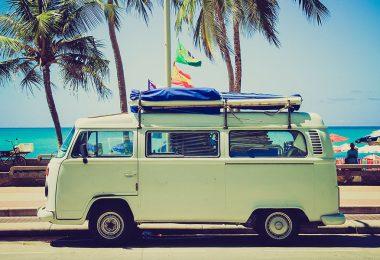 10 Aplikasi untuk Traveling yang Wajib Kamu Instal