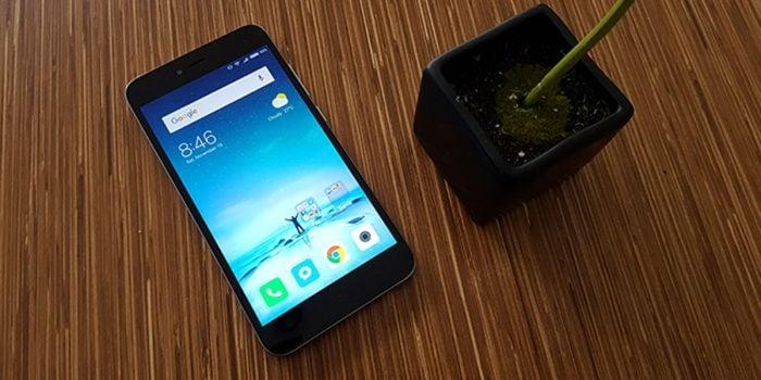 HP Untuk Selfie 2 Jutaan - Xiaomi Redmi Note 5A