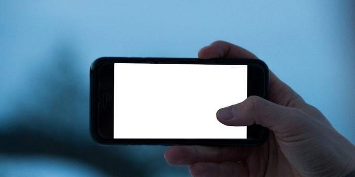 Cara Menggabungkan Subtitle dengan Film di Android Header