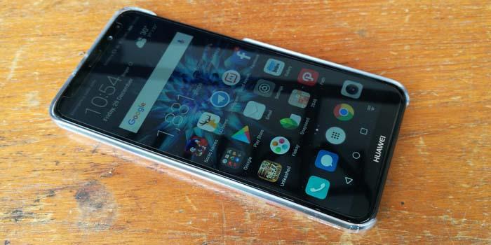 Huawei Nova 2i Desain Layar Penuh