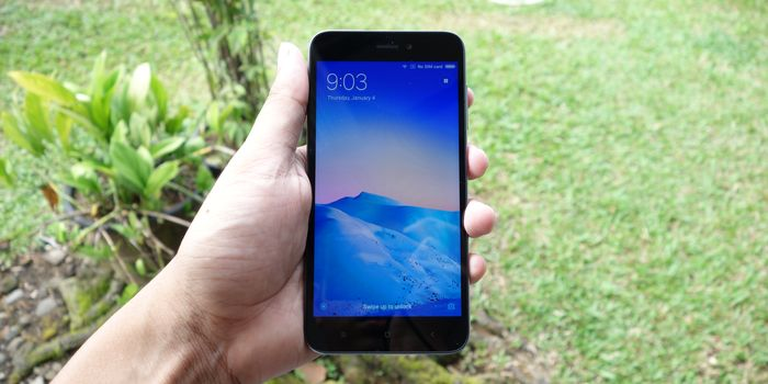 Review Xiaomi Redmi 5A Depan