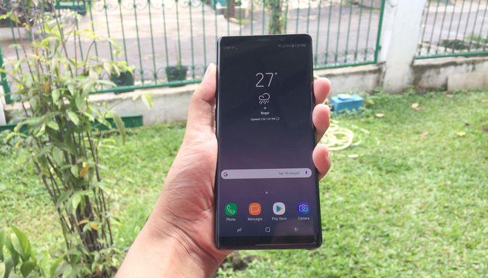 Samsung Galaxy Note 8 Depan