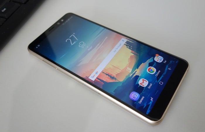 Galaxy A8 Plus 2018 - Layar