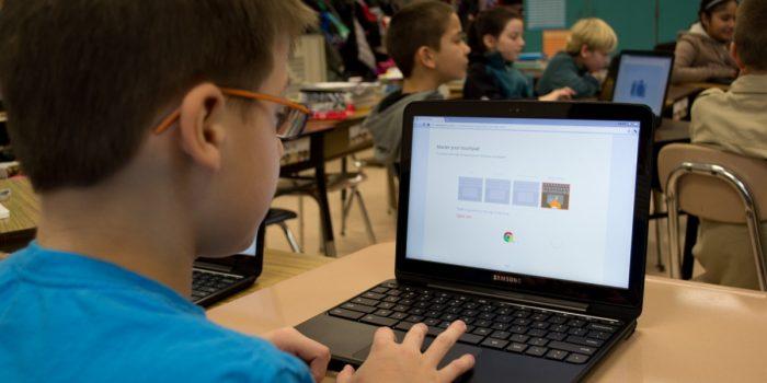 Laptop Untuk Pelajar dan Game Header