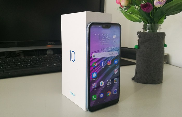 Honor 10 Plus Kardus