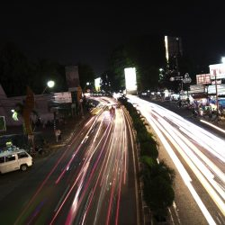malam light trail