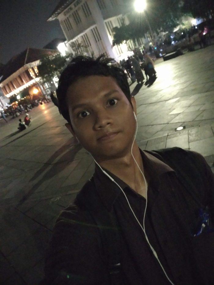Max Pro M2 Kamera Belakang Selfie 2