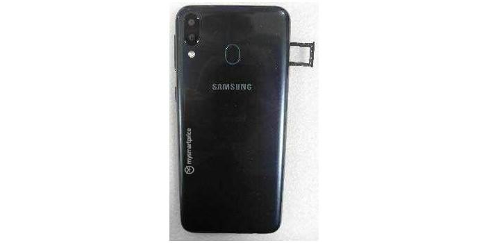 Samsung Galaxy M20 Leak Back