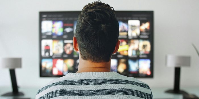 Cara Menyambungkan HP ke TV Header