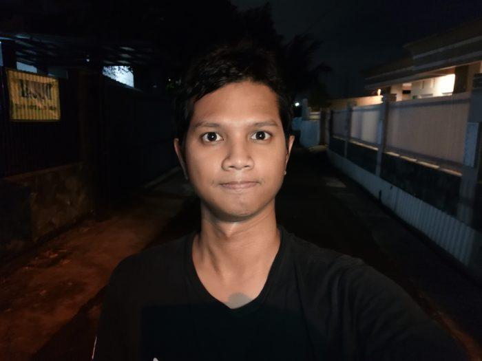 Kamera-HUAWEI-Mate-20-Selfie-Malam-Potrait