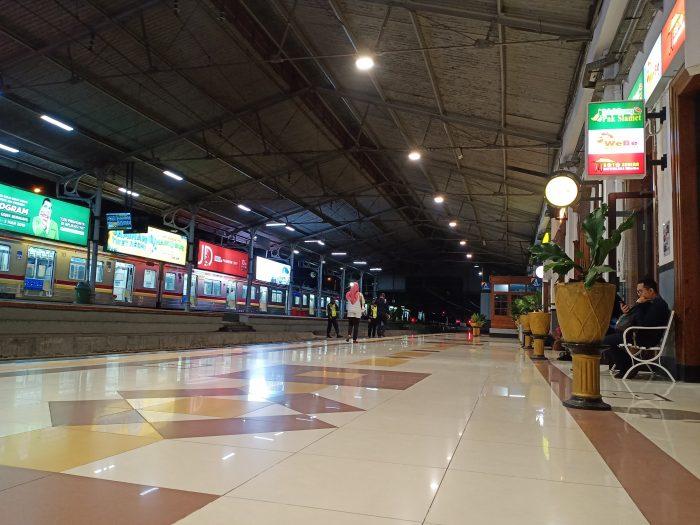 Contoh Hasil Foto Kamera Belakang Vivo V15 - Stasiun