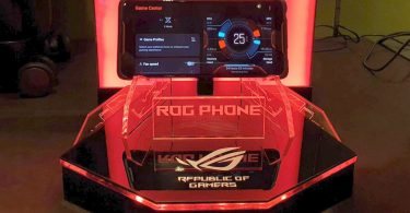ASUS ROG Phone Display Featured