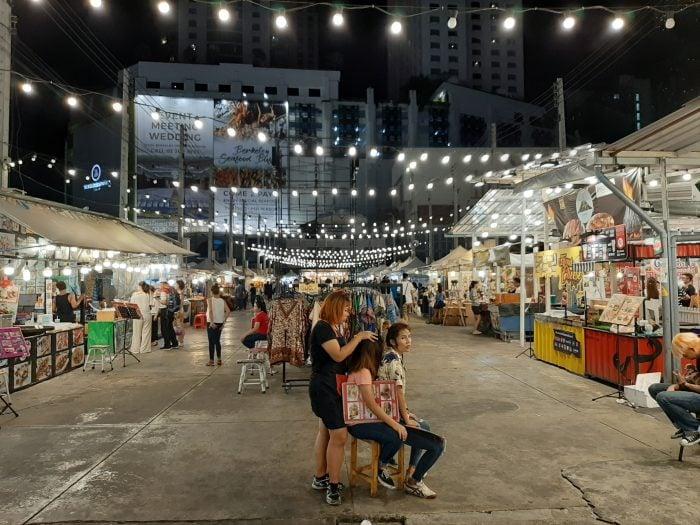 Samsung Galaxy A50 - Kamera Outdoor Malam