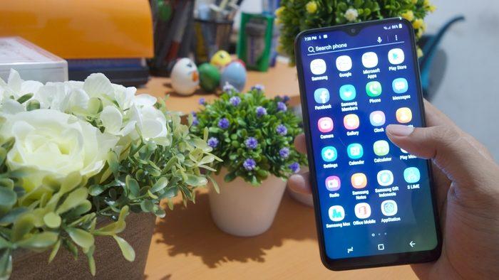 Samsung Galaxy M10 Experience