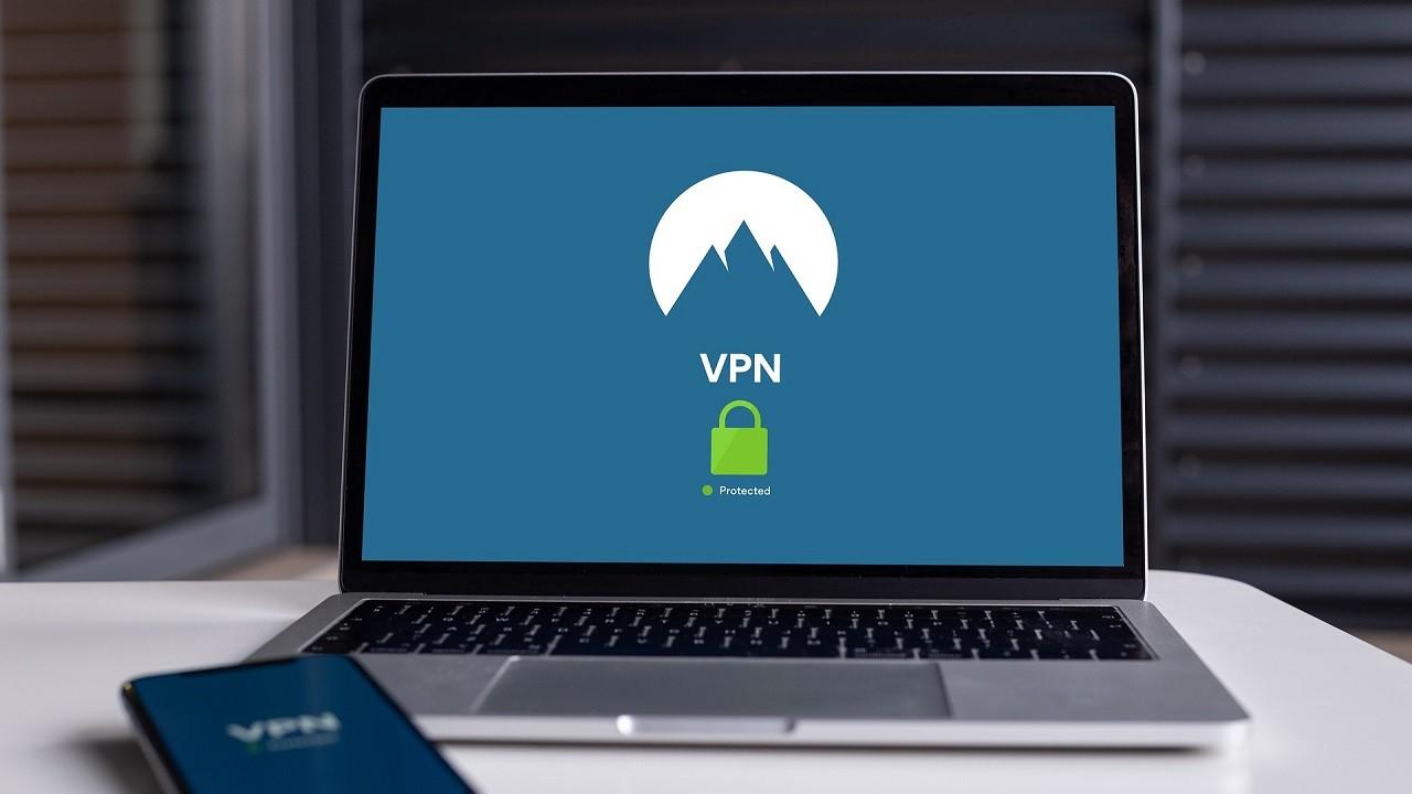 Cara Menggunakan VPN di Laptop Header