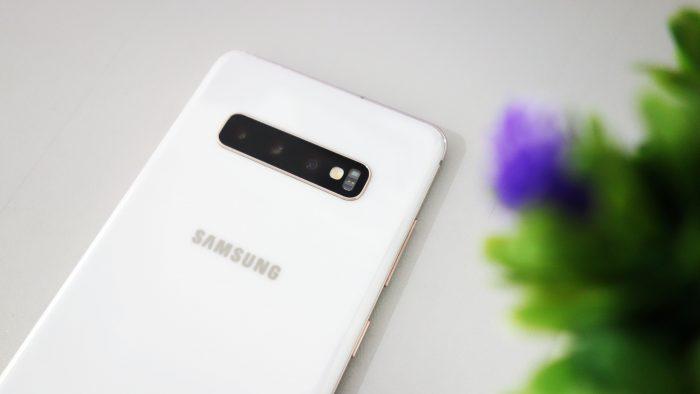 Samsung Galaxy S10 Plus - Belakang