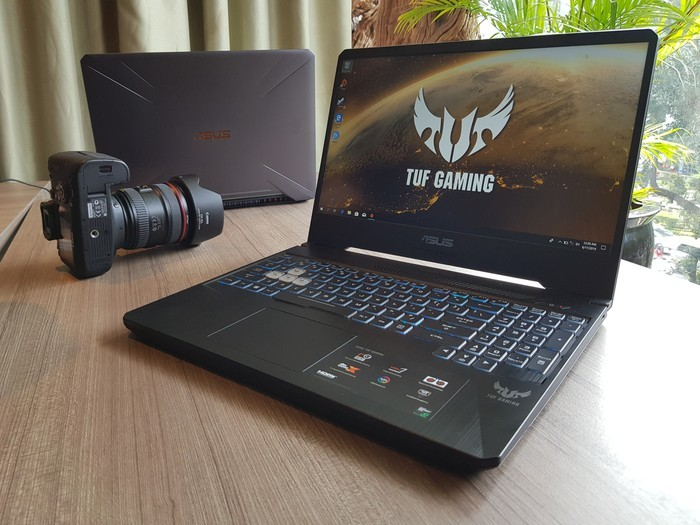 Desain ASUS TUF Gaming FX505