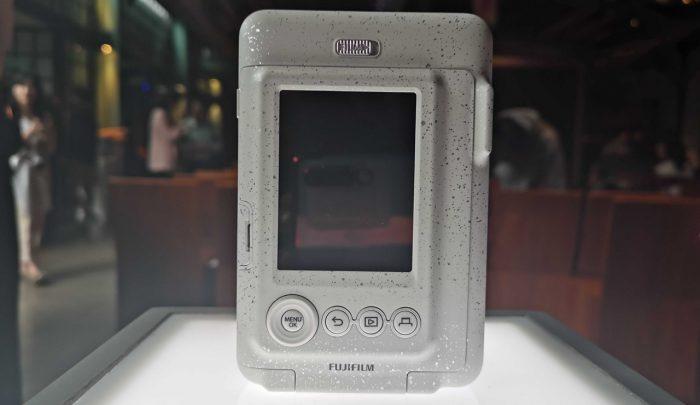 Fujifilm Instax-Mini-LiPlay-Feature-White
