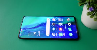 OPPO Reno Panoramic Screen