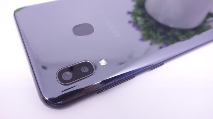 Review Samsung Galaxy A20 Kamera Belakang