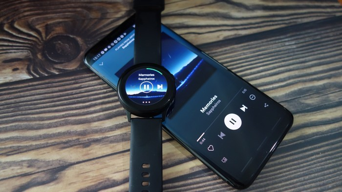 Samsung Galaxy Watch Active Spotify