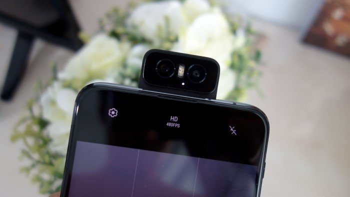 ASUS Zenfone 6 - Flip Camera