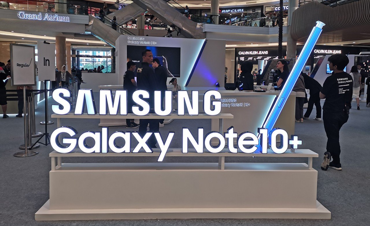Galaxy Note Cosumer Launch Feature
