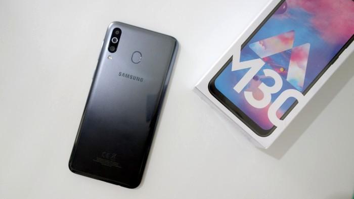 Samsung Galaxy M30 Belakang