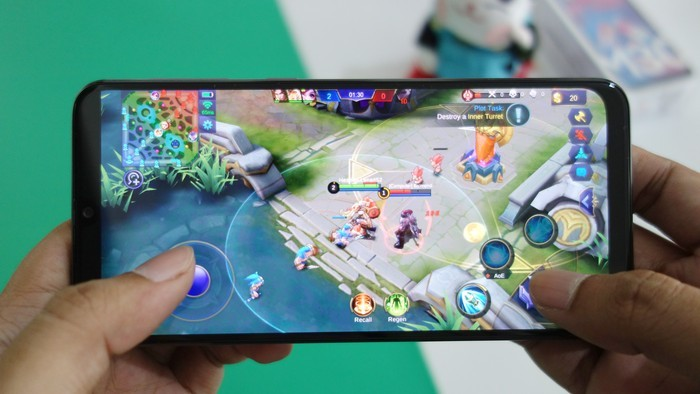 Samsung Galaxy M30 Tes Gaming