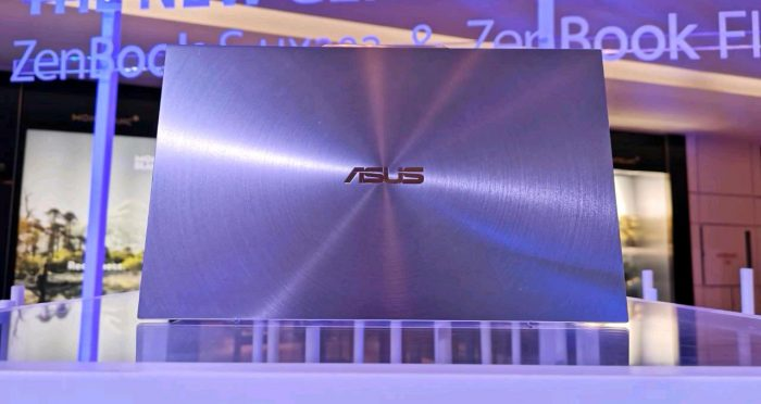 ASUS-ZenBook-S-Back