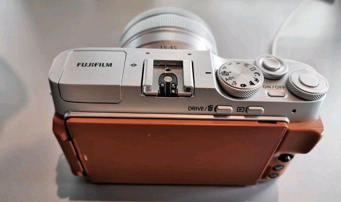 Fujifilm-XA7-Back