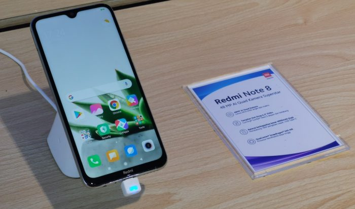 Infinix Hot 9 Vs Redmi Note 8 Display