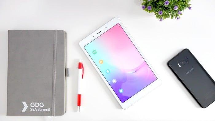 Samsung Galaxy Tab A (8.0) 2019 Depan