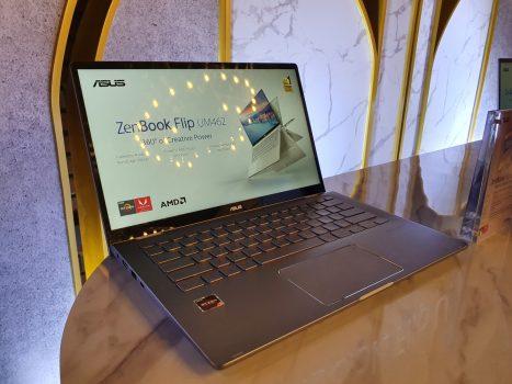 ASUS ZenBook UM462