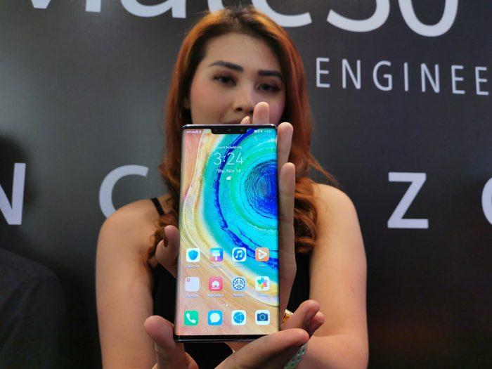 Huawei Mate 30 Pro Layar Depan