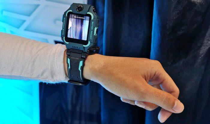 imoo-watchphonez6-flip