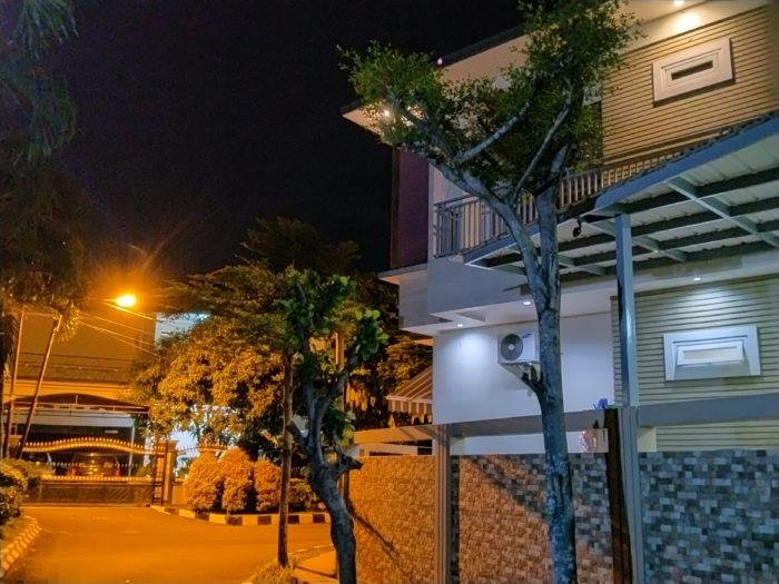 realme 5i Kamera Belakang Malam Rumah Nightscape