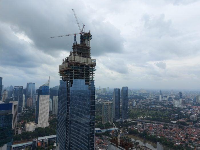 GalaxyA71-Building-Normal