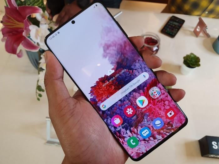 Samsung Galaxy S20 Ultra 01
